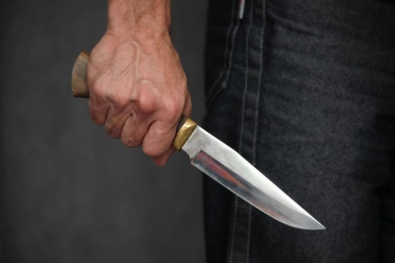 В Сестрорецке порезали гражданина Узбекистана