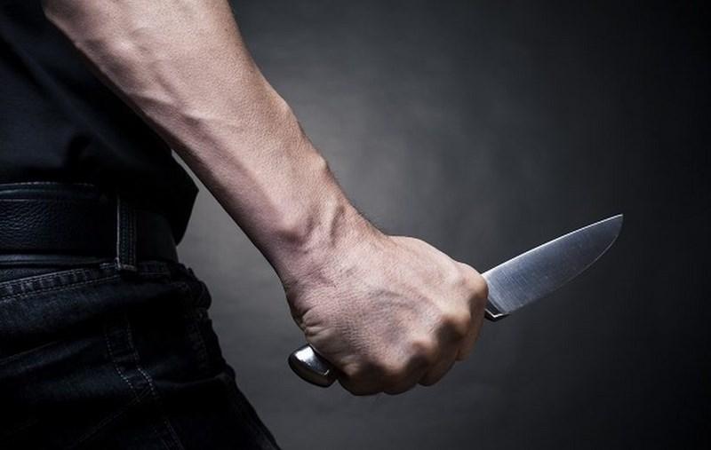 В Сестрорецке мужчина во время пьяной ссоры порезал ягодицу брату